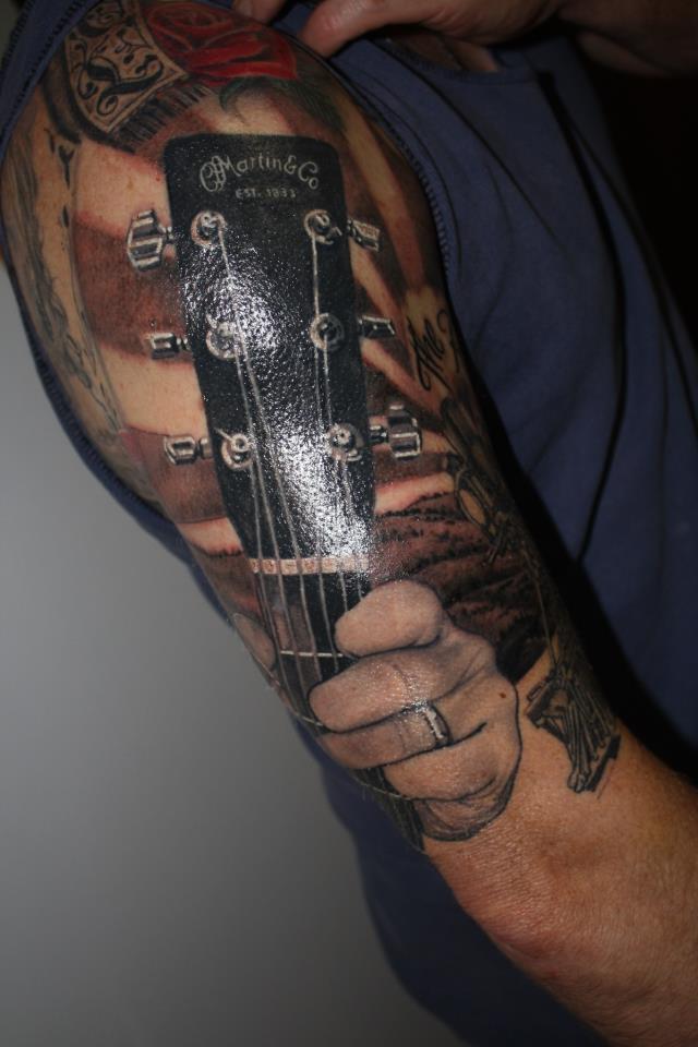 Now That's a Martin & Co Guitars Fan !
