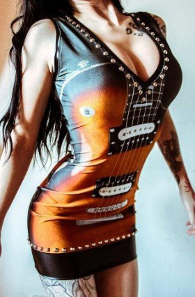 I Could Marry the Girl Who Wears That Les Paul Dress !!