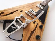 Flying V + Bigsby = Fail or Win ??