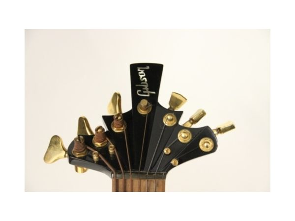 7-strings-headstock