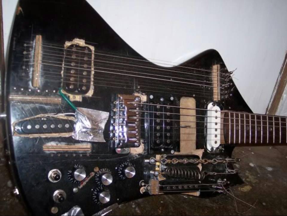 Messy-Guitar-Sitar